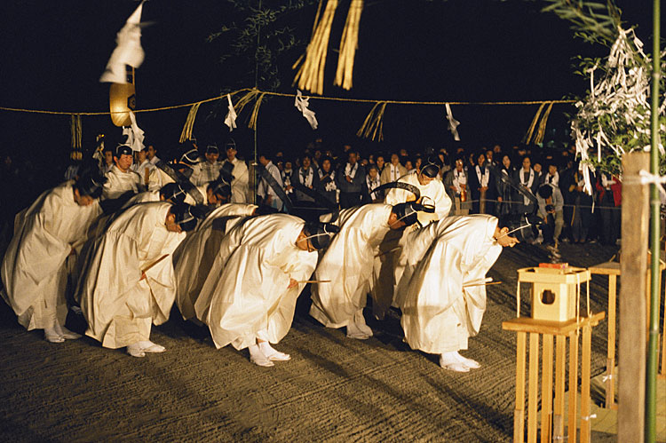 History of Art: Visual History of the World- Shinto