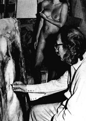 Erotic photos of singer maxims