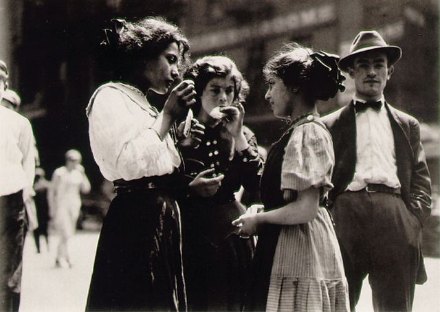 http://cdn2.all-art.org/photography/fotography/hine_three_girls1910.jpg